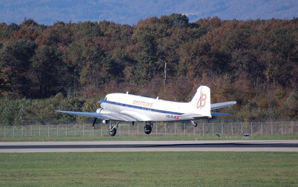 DOUGLAS DC-3 BREITLING HB-IRJ GE 2013.10.28 C5566RA